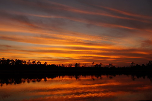 sunset spectacularsunsetsandsunrises cloudsstormssunsetssunrises cloudscape dusk afterglow northcarolina northwestcreek fairfieldharbour gold sony sonyphotographing sonya58