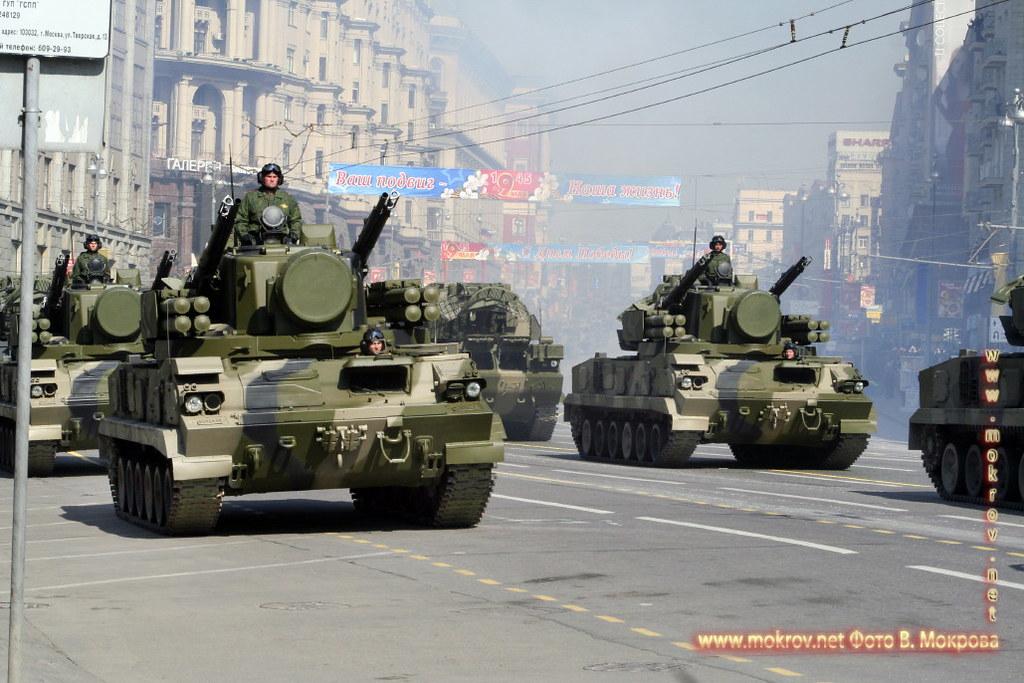 Военный парад 9 мая 2008 г. в Москве живописные фотоискусства