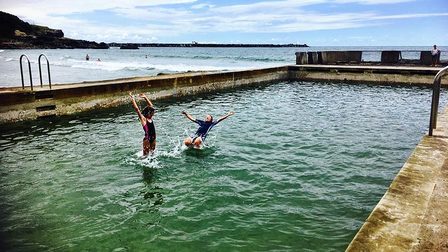 232/365 • Zoe and Marco - splashdown! • . #yamba #kids #9yo #oceanpool #northernnsw #visitnsw #abcmyphoto #bellalunaboat #cruising #Spring2017 #eastcoastaustralia #latergram