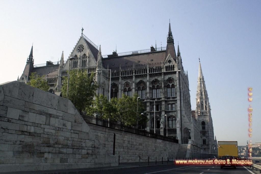 фотографии сделанные как днем, так и вечером Столица Венгрии - Будапешт.