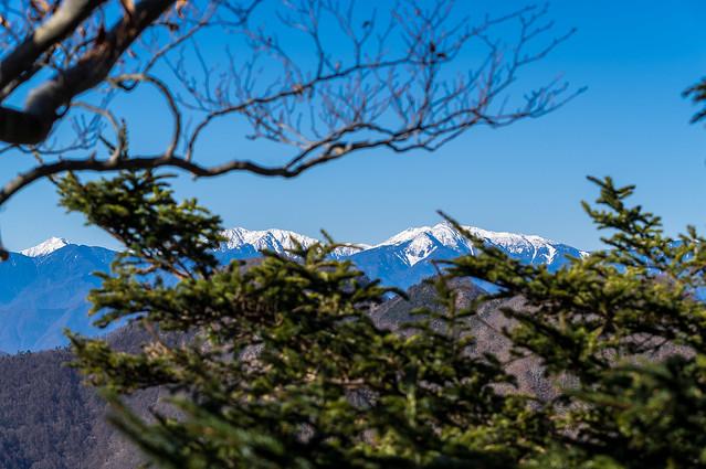 南アルプスもクッキリ・・・悪沢岳、赤石岳、聖岳