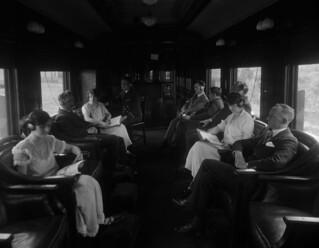 Interior of a Canadian National Railways radio car / Intérieur d'un wagon-radio des Chemins de fer nationaux du Canada