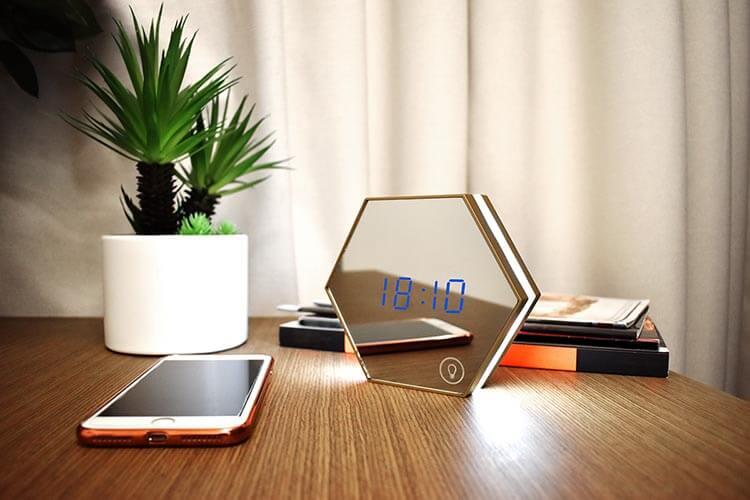 Valore Honeycomb LED Clock