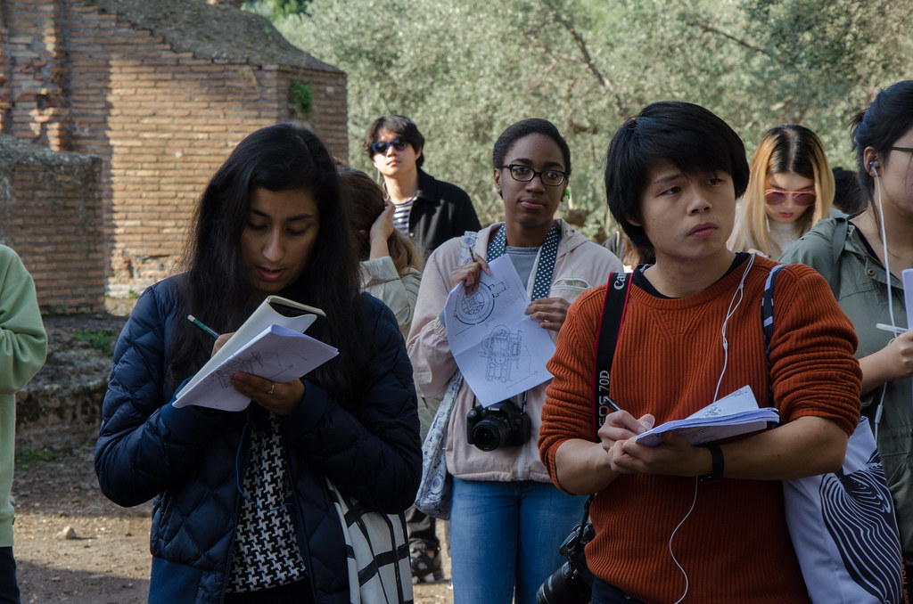Nicole Bansal (B.Arch. '20), Sydney Harmon (B.Arch. '20), and Gordon Yoo (B.Arch. '20) sketch and take notes at Hadrian's Villa during their visit. photo / Ihwa Choi (B.Arch. '20)