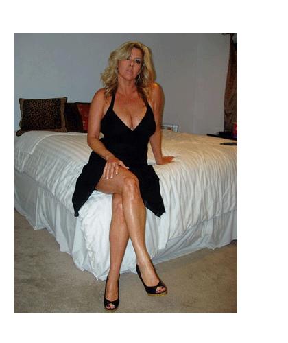Hot mature escort