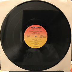 THEREE THE HARDWAY FEATURING WHITE FLASH:HYPED(RECORD SIDE-B)