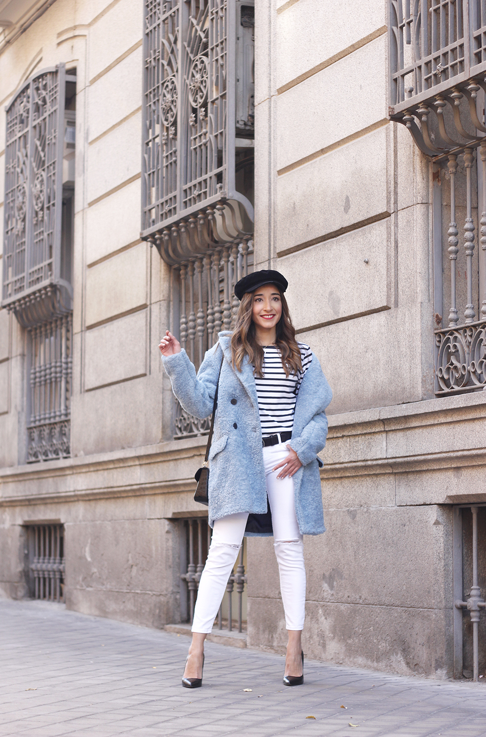 blue fur coat stripes white ripped jeans givenchy bag navy cap fall outfit street style03