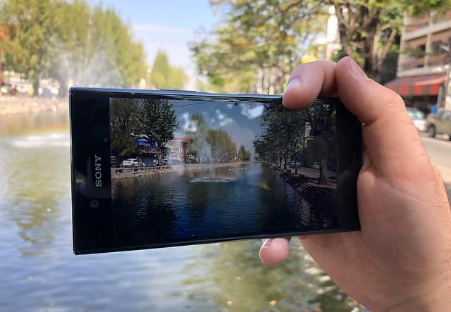 Sony Xperia XZ1 25