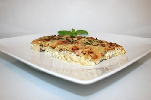 33 - Tarte sourcrout - Side view / Sauerkrautkuchen - Seitenansicht