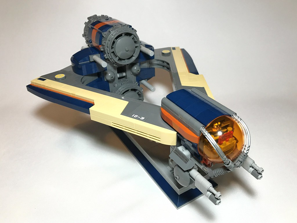 Xesh-Wing Starfighter (1)