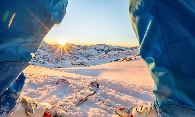 10 Ultimate Ski Destinations Around the World