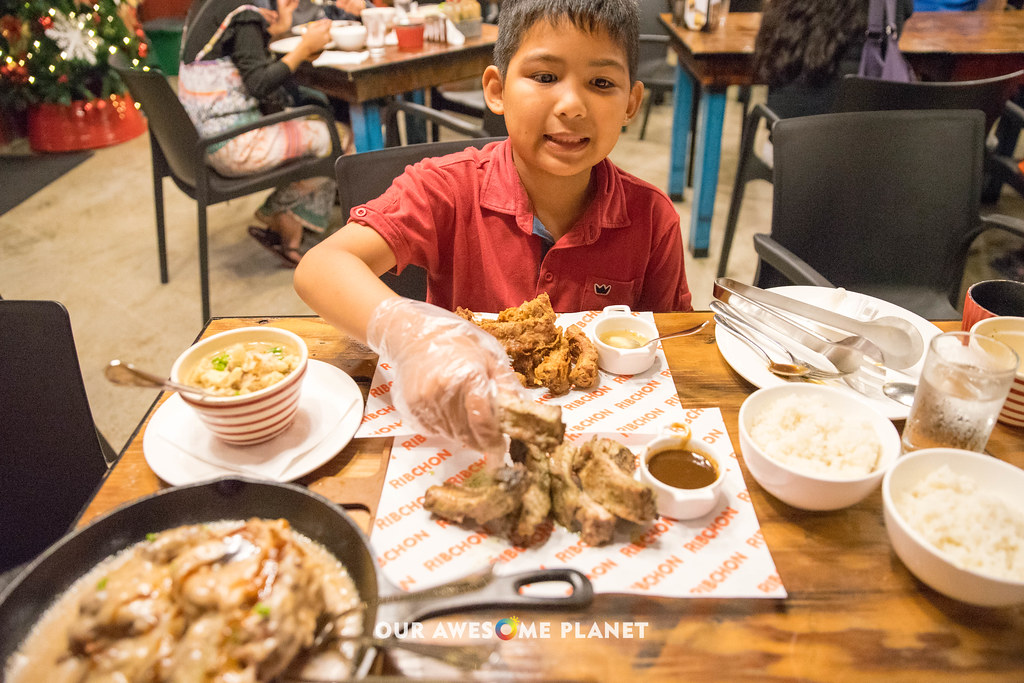 RIBCHON: Have you Tried Tagaytay's Baby Back Baboy? (A Review)