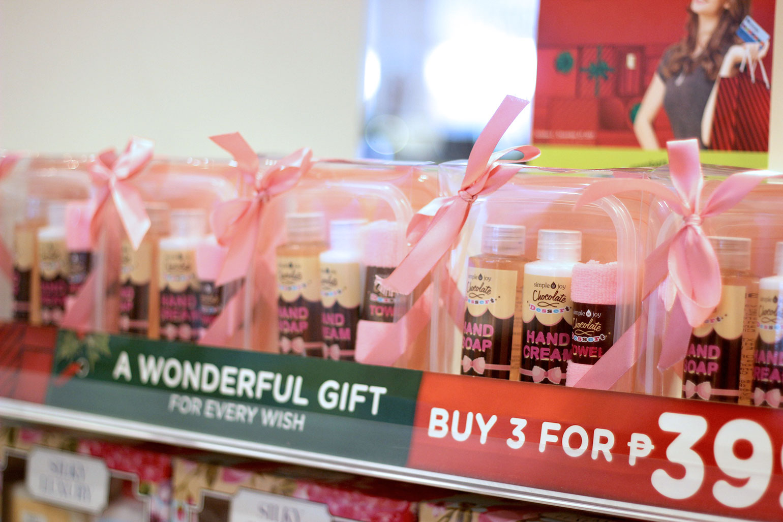6 Holidays 2017 Gift Shopping at Watsons - Gen-zel She Sings Beauty
