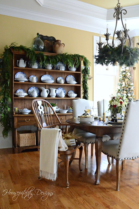 Christmas-Dining Room-Housepitality Designs
