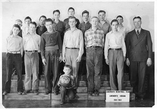 Ainsworth Basketball Team, 1941-42