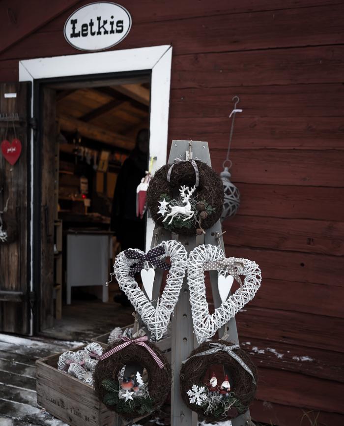 strömforsin ruukin joulu 2017 joulukoriste käsityömyymälä ruukki ruotsinpyhtää kranssi letkis käsityömyymälä vanha aitta
