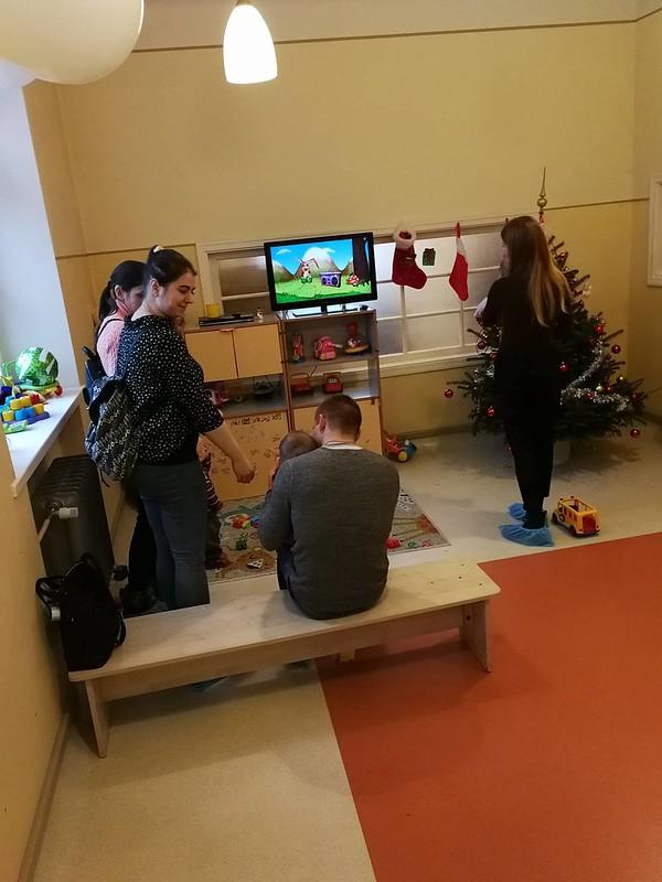 """Šv. Kalėdų akcija """"Atnešk šventę į vaikų namus"""""""