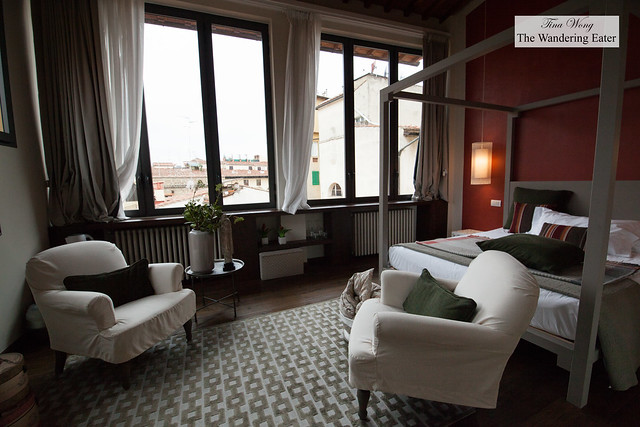 2nd Floor bedroom at Canto del Giglio Rosso