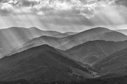 fograinsunsetgodsraystreeswncnc73142014ma western north carolina wnc burnsville nc mountains black white mountain landscape gods rays sunset