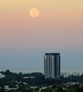 2017 Super Moon In Kota Kinabalu