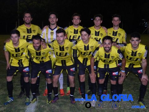 Acevedo-Douglas. Liga local 10/11/2017