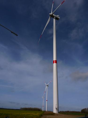 Éoliennes à Grand-Leez