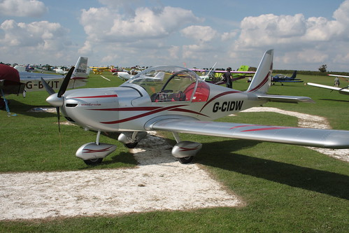 G-CIDW Evektor EV-97 [LAA 315-15227] Sywell 020917