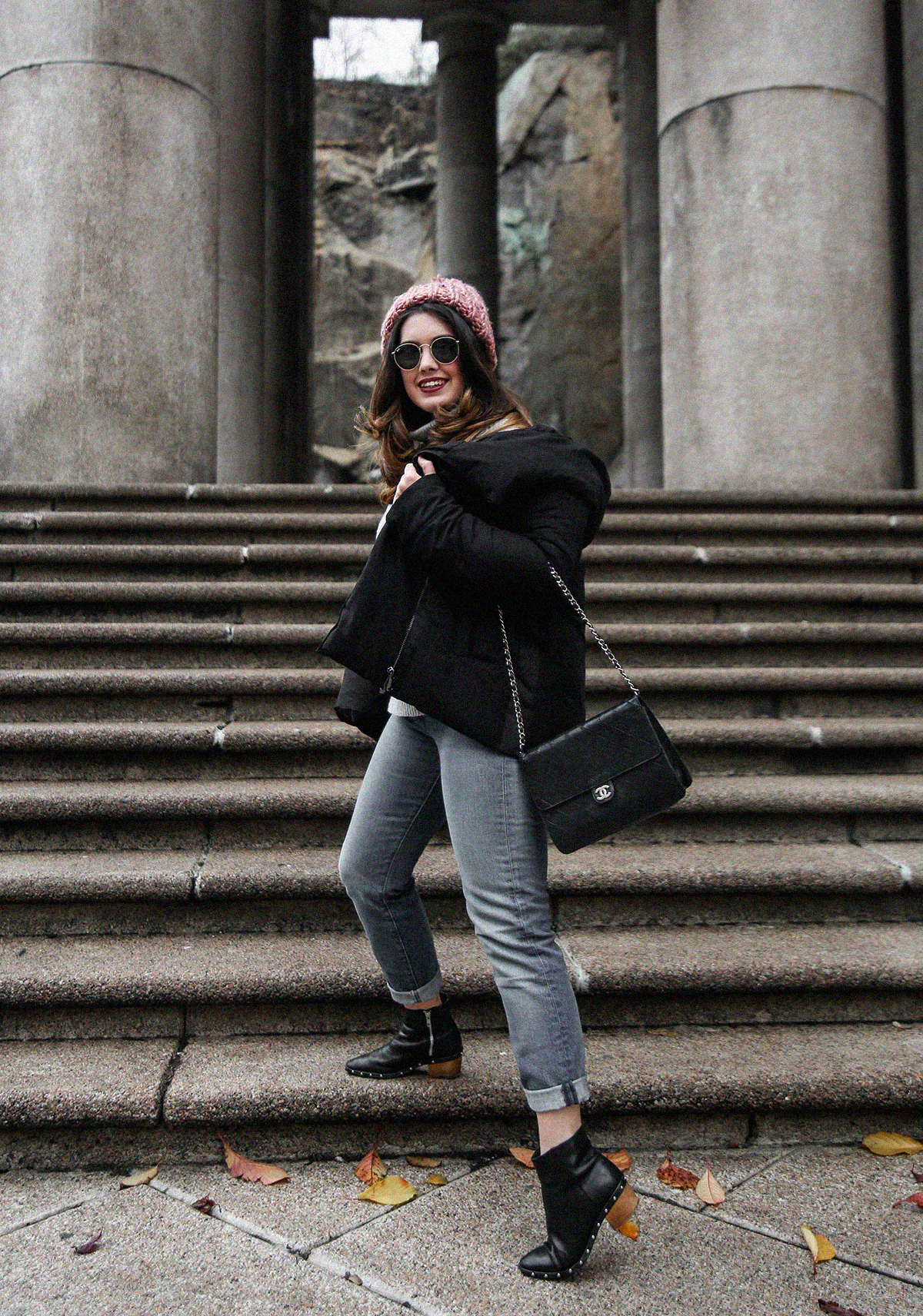 puffer-coat-grey-sweater-look-streetstyle4