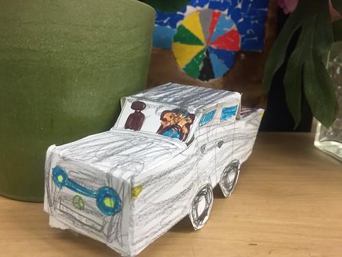 8절 스케치북 한 장으로 장난감 자동차 만들기