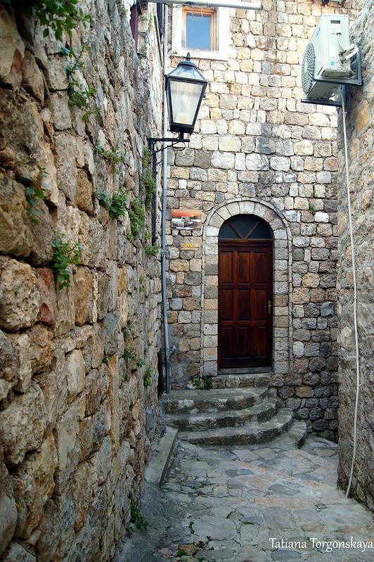 Улица в Старом Улцине