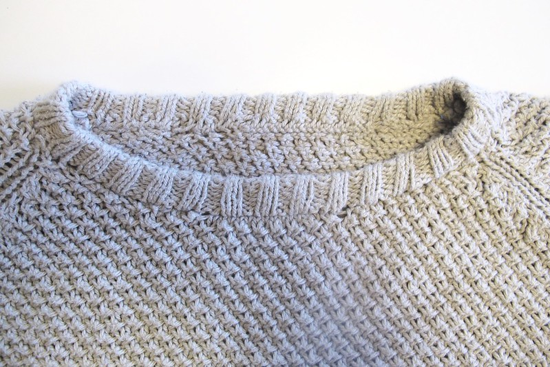 Martine Sweater - neckband