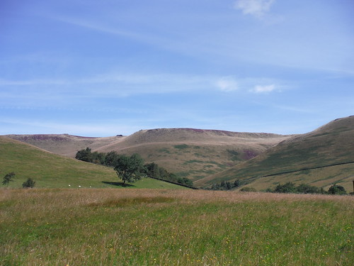 Edale Rocks, Pym Chair and Woolpacks, from Upper Booth
