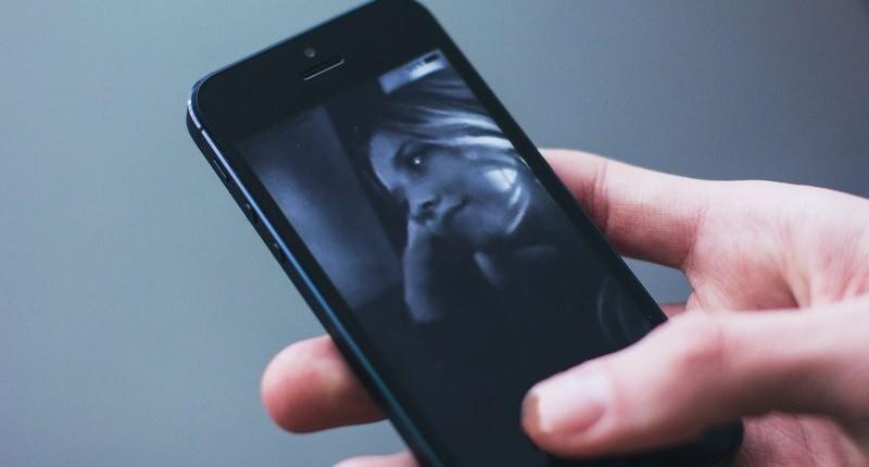Une start-up israélienne poursuit Apple pour violation présumée d'un brevet de double caméra