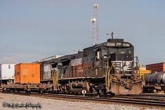 NS 8857 | GE C40-9 | NS Forrest Yard