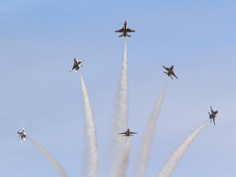 IMG_7044 USAF Thunderbirds, Nellis AFB
