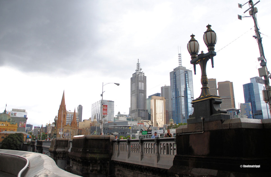 Melbournen tornitaloja, Australia