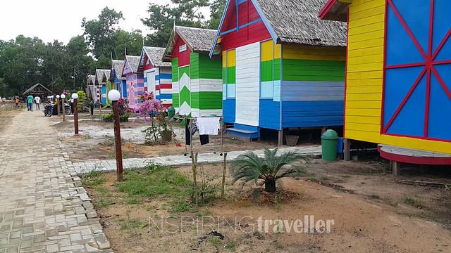 Villa Camar Bulan, Desa Temajuk, Kalimantan Barat