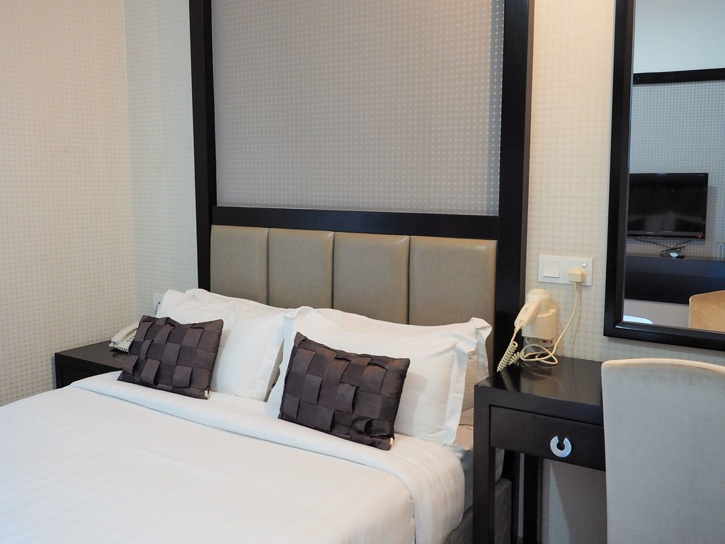 Deluxe Double Bed room at De Residence Boutique Ipoh Hotel