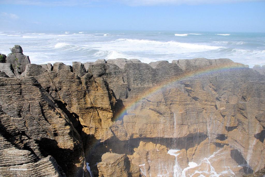 Sateenkaari Punakaiki Pancake Rocks, Uusi-Seelanti