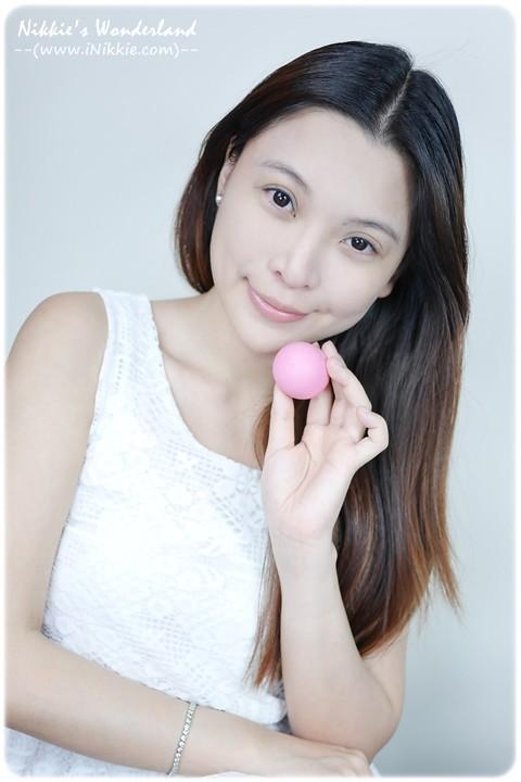 eos伊歐詩 天然護唇球Organic Lip Balm - 草莓雪酪Strawberry Sorbet