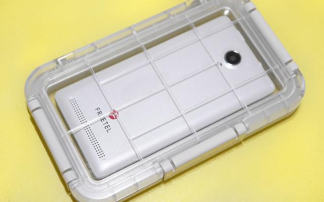無印良品 スマートフォン用 防水ケース お風呂 海 温泉 音楽