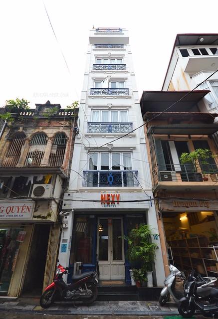 nexy hostel hanoi facade
