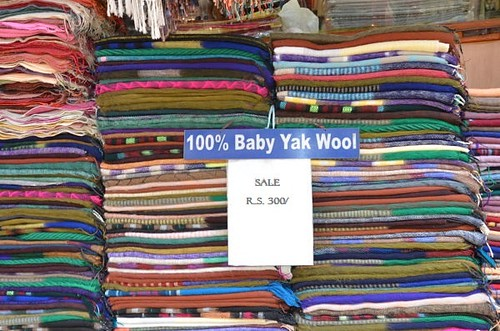 100% baby yak wool (NOT). Shopping for Pashmina in Kathmandu: A Complete Guide