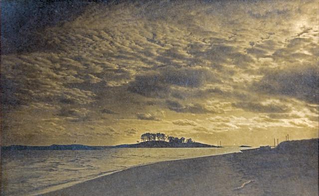 Tuxis Island photograph