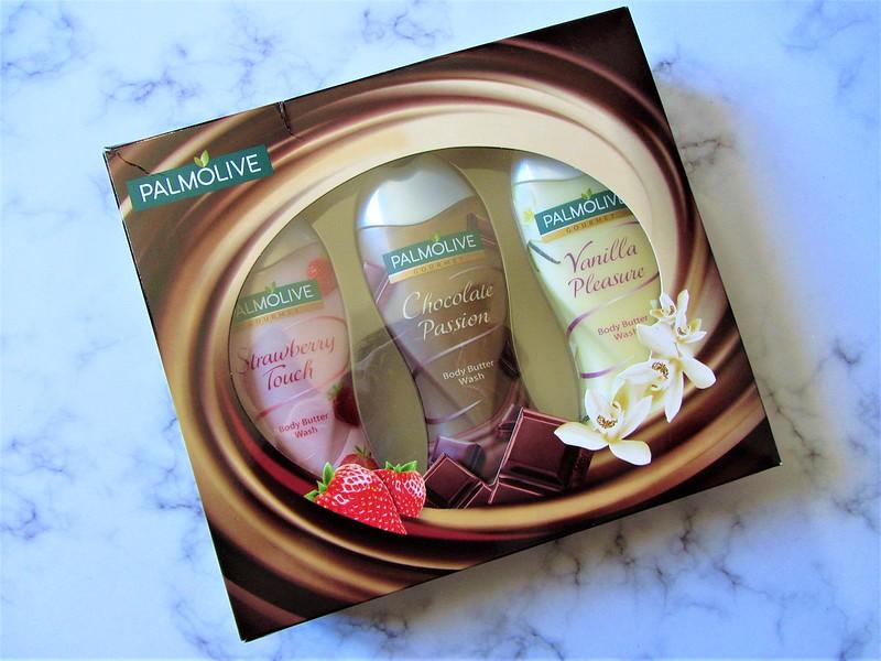 liste-de-cadeaux- pour-toute la- famille-sur-la- parfumerie-en- ligne-notino-coffret-palmolive-thecityandbeautywordpress.com-blog-beaute-femme-IMG_8917 (2)