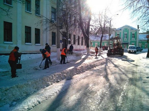 сніг прибиранння дороги