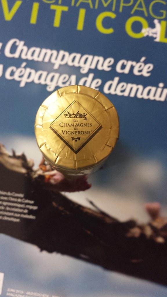 La douane et le Syndicat Général des Vignerons de la Champagne s'unissent pour garantir l'authenticité du champagne