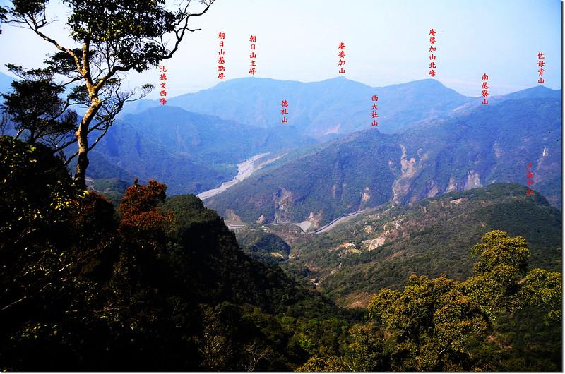 達洼蘭山山頂西眺沙溪林道 1