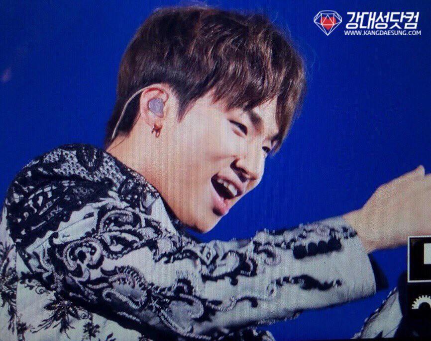 BIGBANG via kangdot_jpn - 2017-12-22  (details see below)