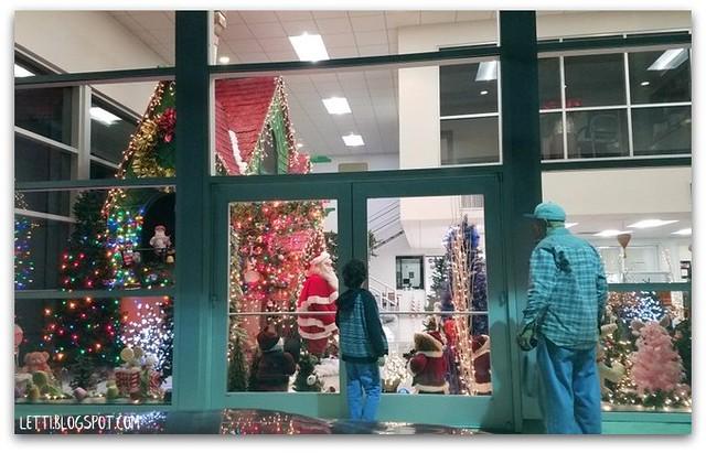 Dec 21 Christmas Lane and Lights18